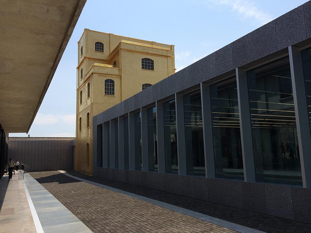 Casa chiesi italian lifestyle fondazione prada a new for Prada foundation milan