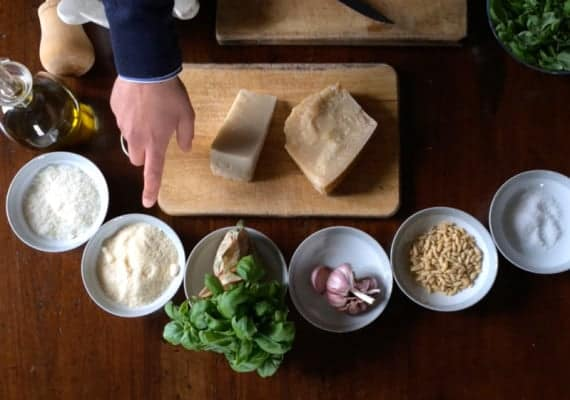 Learning from the Pupil (Gabriele Mariotti from La Bossa) : Traditional Ligurian Pesto