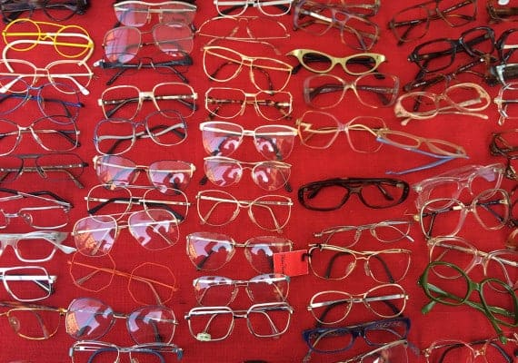 Trisha Lovers : Vintage Spectacles to cheer you up