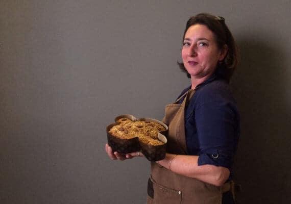 Italian Easter Salted Dove cake : Colomba Salata