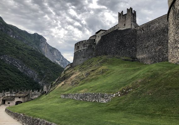 Beseno Castle in Trentino: The legend of the cow and two wheat sacks